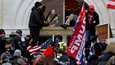 Tammikuun 6. päivänä suuri joukko presidentti Donald Trumpin kannattajia tunkeutui Yhdysvaltain kongressin rakennukseen Washingtonissa.