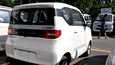Wulingin valmistama sähköauto Hongguang Mini EV autokaupan pihassa Pekingissä syyskuussa 2020.