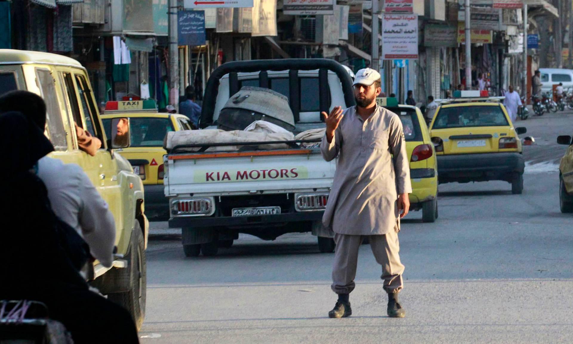 Isisillä on muun muassa omat liikennepoliisinsa.