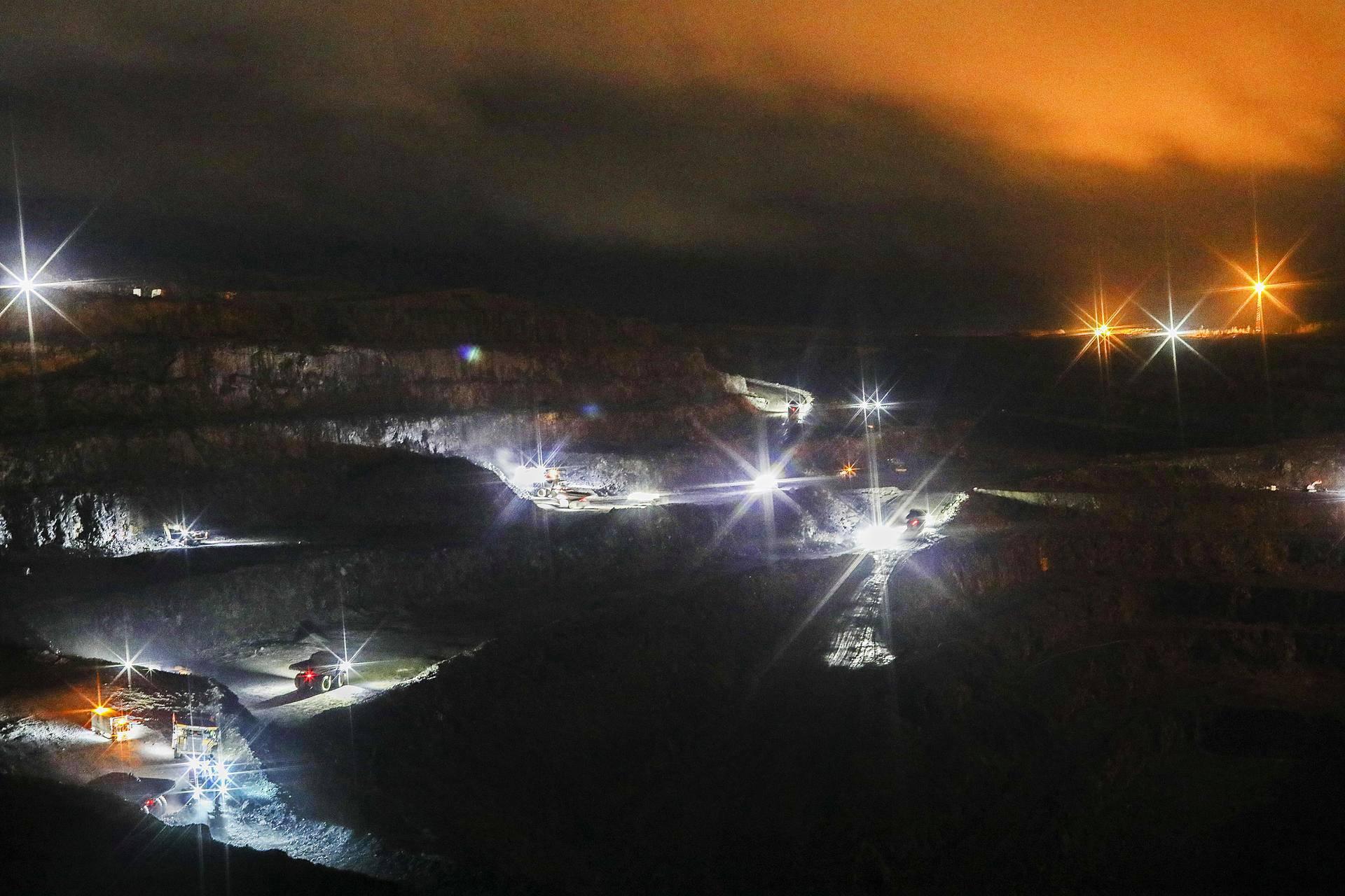 Runsaan kahden vuoden kuluttua kaivoksella aletaan valmistaa sähköajoneuvojen akkukemikaaleja.