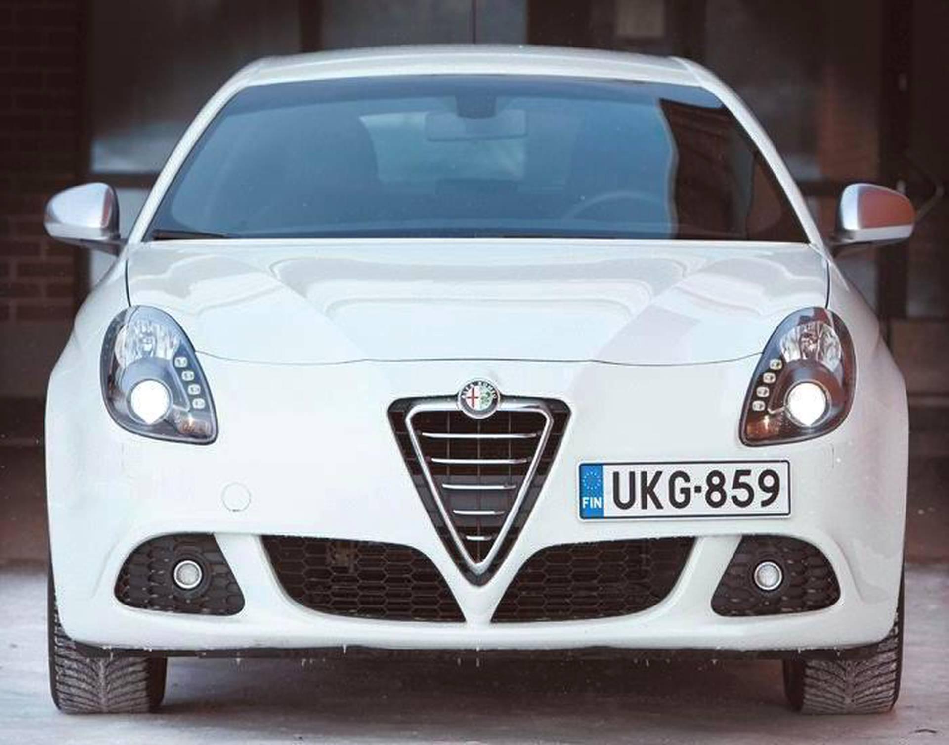 Alfa Romeo Giulietta >> Alfa Romeo Giulietta On Hyva Yleisauto Urheilullisuudesta