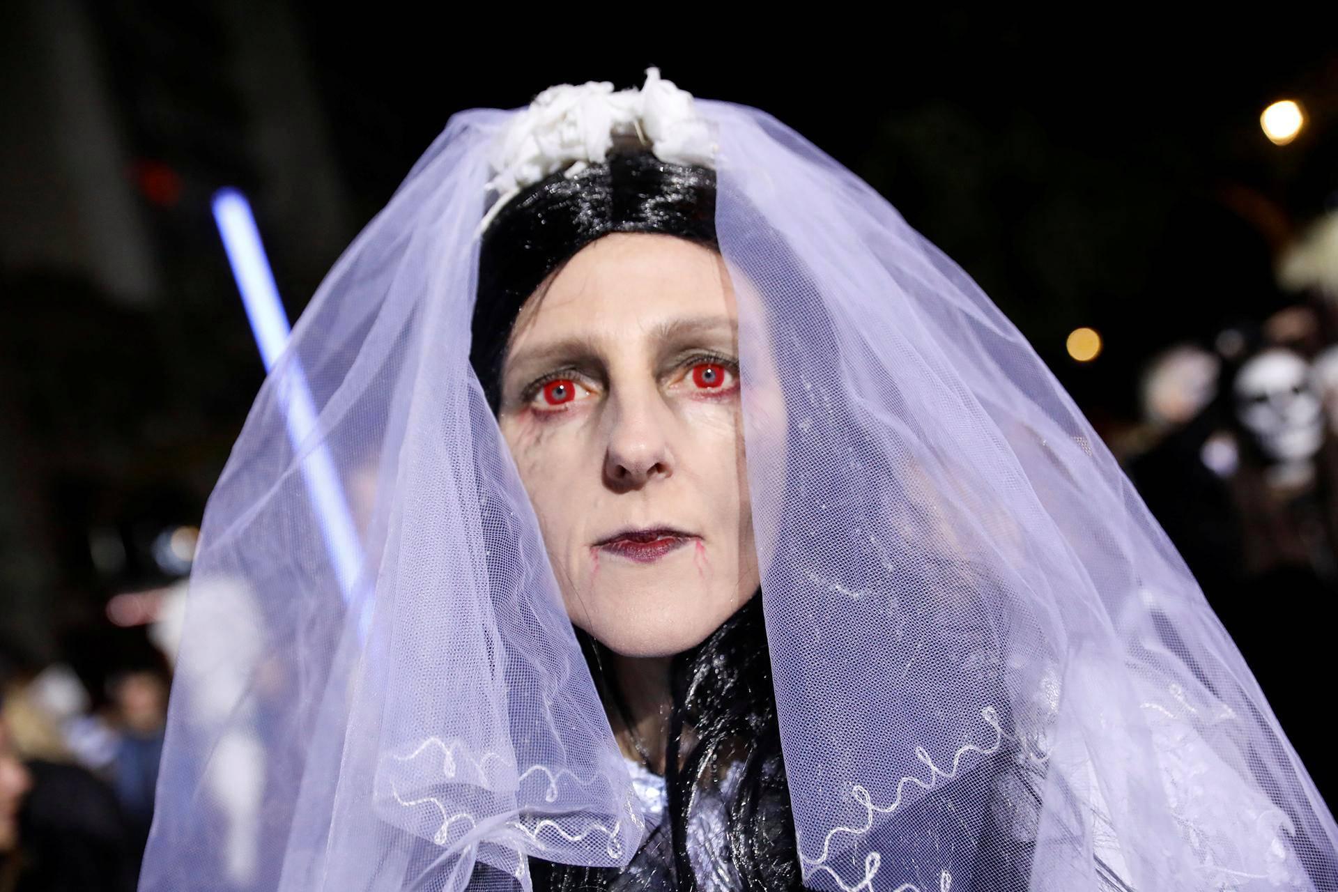 Halloween-morsian New Yorkissa.