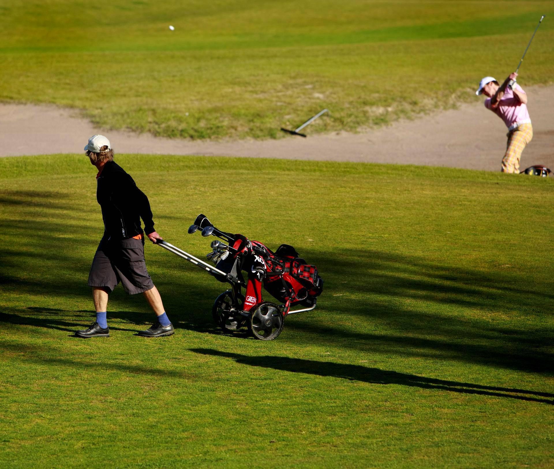 Golf ottelu tekee