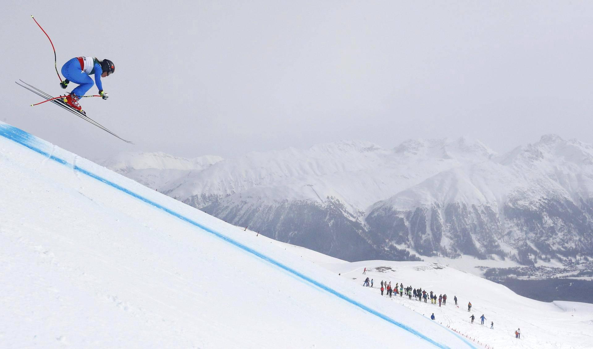 Italialainen alppihiihtäjä Sofia Goggia kilpaili naisten maailmanmestaruudesta St. Moritzissa Sveitsissä.