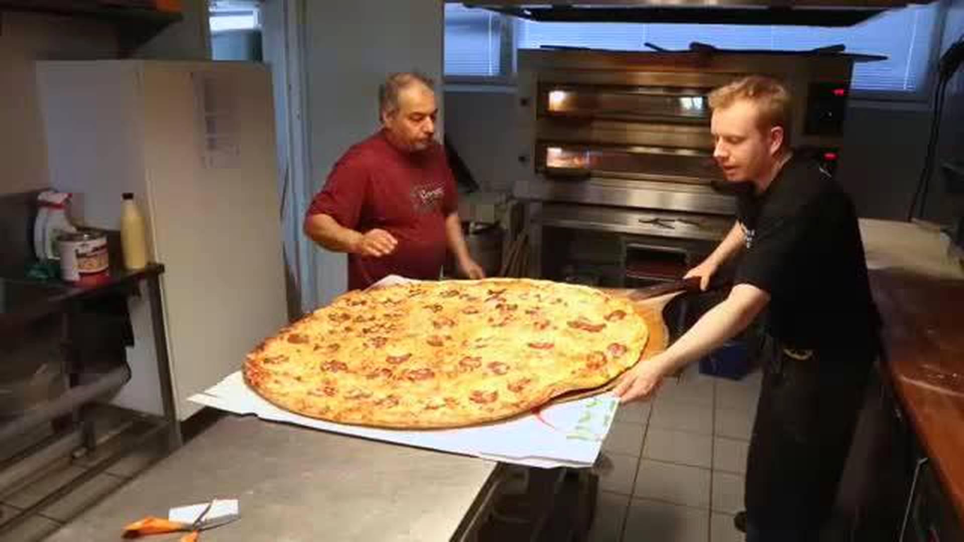 Suomen Ensimmäinen Pizzeria