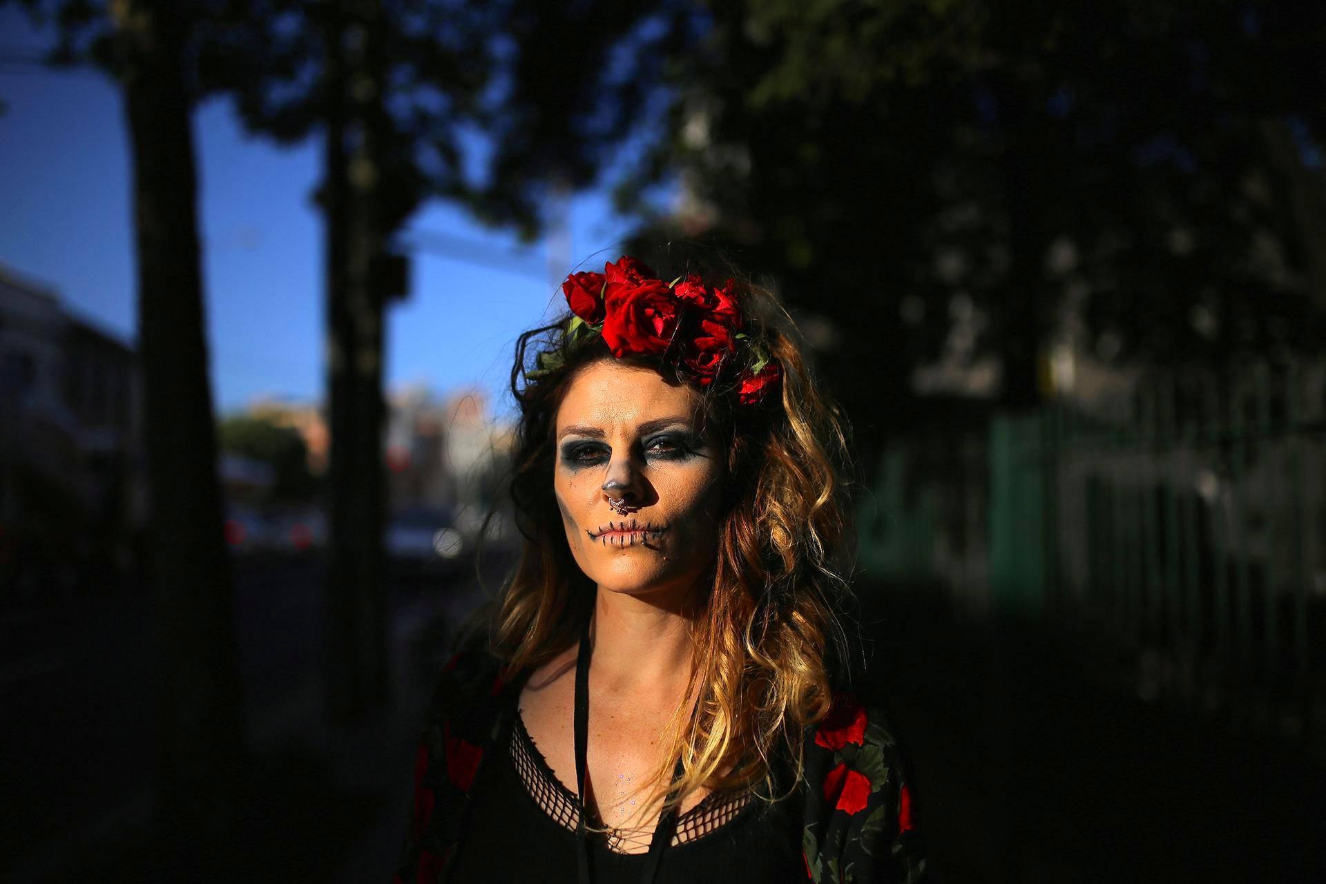 Halloween-juhlija Newtownissa Sydneyn esikaupunkialueella Australiassa.