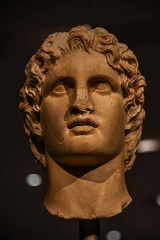 Aleksanteri Suurta on ihailtu kulttuurihistoriassa nykyajalle asti.
