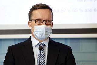 Hus-alueen sairaaloissa oli keskiviikkona tehohoidossa 21 koronaviruspotilasta, kertoo Husin toimialajohtaja, ylilääkäri ja professori Ville Pettilä.