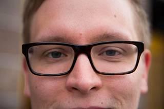 Pää voi joutua koville uusien lasien kanssa