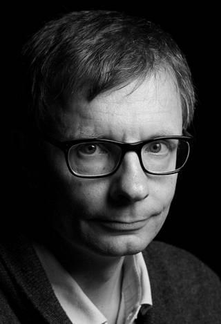 Heikki Hiilamo on Helsingin yliopiston sosiaalipolitiikan professori. Hän toimii tällä hetkellä vierailevana professorina VID Specialized Universityssa Oslossa. Hiilamo on osallistunut sote-uudistuksen valmisteluun asiantuntijana.
