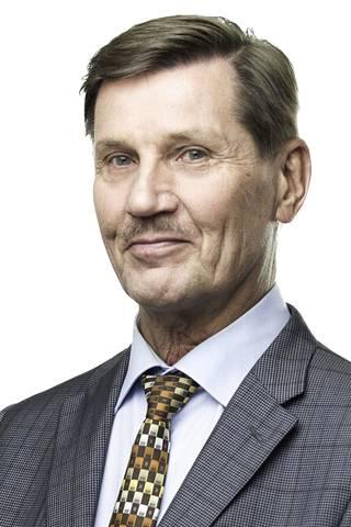 Markku Weckman on ollut 24 vuotta Vantaan kaupunginvaltuustossa ja 50 vuotta kokoomuksen jäsenenä.