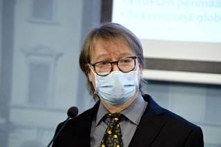 Helsingin yliopiston professori Olli Vapalahti.