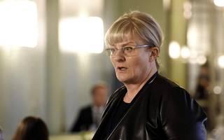 Sosiaali- ja terveysministeri Pirkko Mattila.
