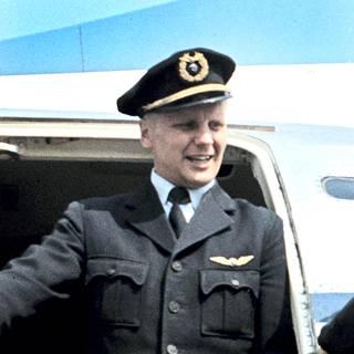 Lentokapteeni Jaakko Hillo työskenteli Aero-yhtiön palveluksessa sotien jälkeen.