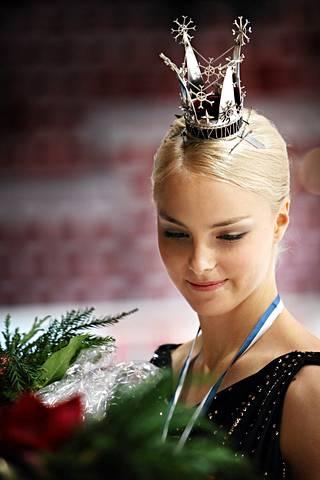 Kiira Korpi voitti urallaan Suomen mestaruuden viisi kertaa. Kuvassa taitoluistelun kuningatar vuoden 2008 SM-kisoissa.