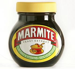 Marmite on suolaista levitettä, joka on tehty hiivasta.