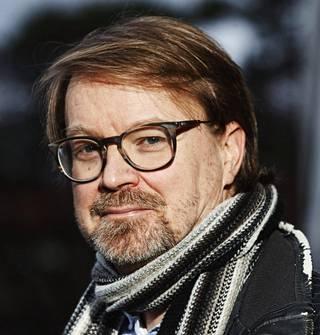 Helsingin yliopiston zoonoosivirologian professori Olli Vapalahti kuvattuna Meilahdessa Helsingissä.