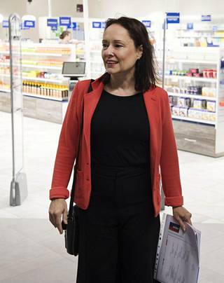 Pia Svensk esitteli Rediä ennen syyskuun avajaisia.
