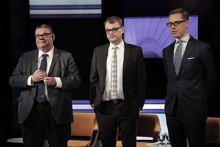 Timo Soini (ps), Juha Sipilä (kesk) ja Alexander Stubb (kok) muodostivat Sipilän hallituksen ydintrion hallitustaipaleen alussa.