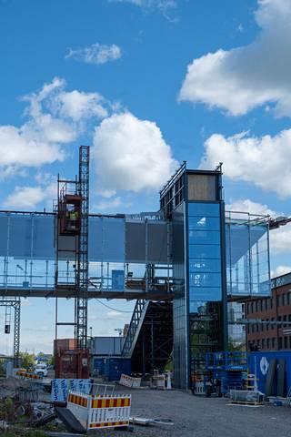 Siltarakenteisiin käytetään noin tuhat tonnia terästä.