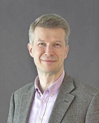 JM Suomen toimitusjohtaja Markus Heino kertoo, että Joutsenmerkki on siirtynyt myös osaksi asumista.