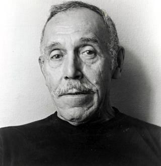 Touko Laaksonen, toiselta nimeltään Tom of Finland arkistokuvassa vuonna 1978.