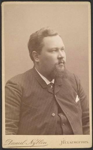 Potretti Julius Tallbergista 1800-1900-lukujen taitteesta.