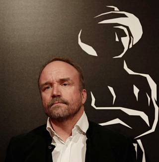 Helsinki-filmin toimitusjohtaja ja tuottaja Aleksi Bardy on käsikirjoittanut ja tuottanut muun muassa Leijonasydän-elokuvan, joka käsittelee rasismia.