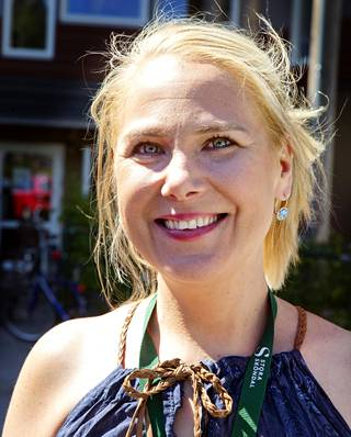 Johanna Saläng johtaa Villa Tollaren vanhainkotia Nackassa.