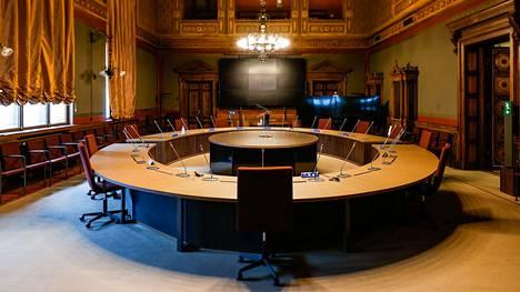 Hallitus kokoontuu jälleen keskiviikkona Säätytalolle. Kuvassa toinen hallituksen kokoushuoneista.