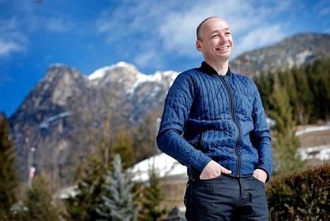 Kaksi tohtorintutkintoa suorittanut Rasmus Damsgaard on entinen kilpapurjehtija, joka on hiihtänyt yhtenä päivänä elämässään. Silloin hän selvitti 90 kilometrin Vasaloppetin.
