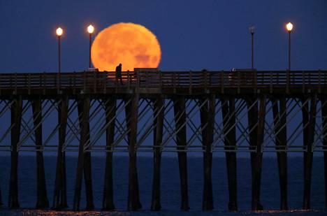 Oceanside on lähes 200 000 asukkaan kaupunki Kalifornian rannikolla. Sen kuuluisimpia nähtävyyksiä on lähes 600 metriä pitkä puinen laituri.