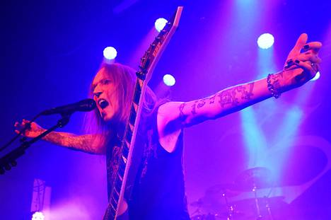 Alexi Laiho uuden Bodom After Midnight -yhtyeensä debyyttikeikalla Helsingin Tavastialla lokakuussa 2020. Luova työ jatkui loppuun asti.