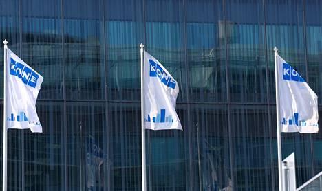 Hissiyhtiö Koneen lippuja yhtiön pääkonttorissa Espoossa.