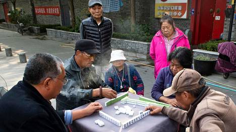Older people's activity in a housing estate in the center of Beijing, China on 24/10/2020 by Wiktor Dabkowski