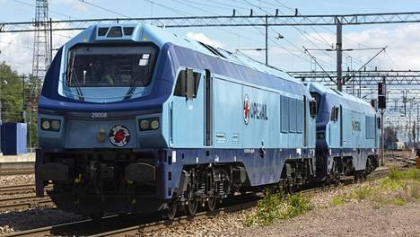Operail Finlandin veturi Kouvolassa 3. heinäkuuta 2020. Virolaisomisteinen Operail Finland aloittaa tavaraliikenteen Suomen rataverkolla syksyn aikana.