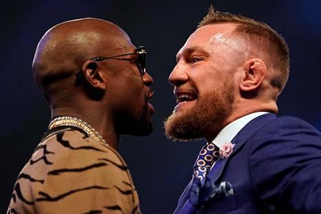 Floyd Mayweather (vas.) ja Conor McGregor kohtaavat 26. elokuuta Las Vegasissa.