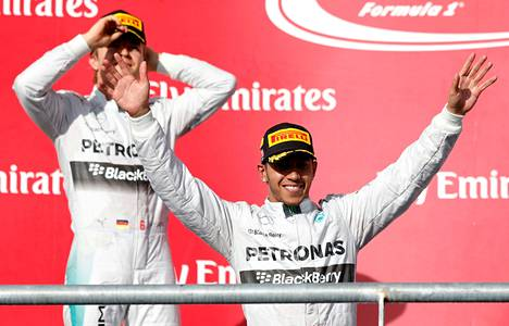 Nico Rosberg joutui jälleen seuraamaan Lewis Hamiltonin voitonjuhlia.