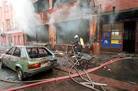 Insinööritalo vaurioitui merkittävästi tuhopoltossa vuonna 1997.