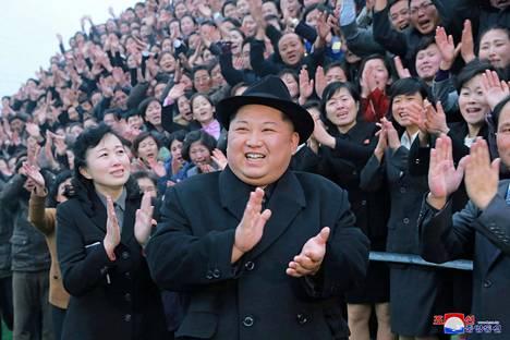Kim Jong-un KCNA:n tammikuussa julkaisemassa kuvassa Pjongjangissa.