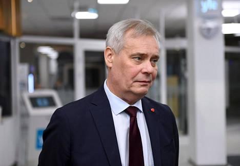 Sdp:n puheenjohtaja Antti Rinne kertoi vaalien jälkeisistä tunnelmista Ylellä maanantaiaamuna.