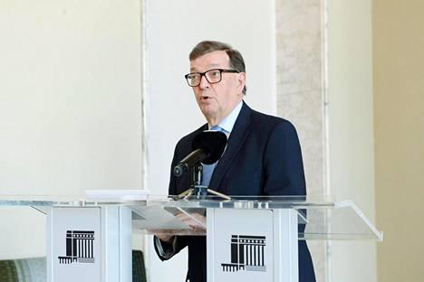 Kansanedustaja Paavo Väyrynen eduskunnassa 28. kesäkuuta.