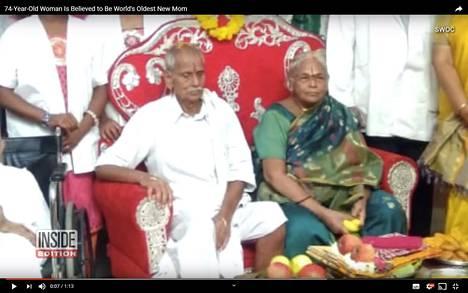 Mangayamma Yaramati ja hänen miehensä.