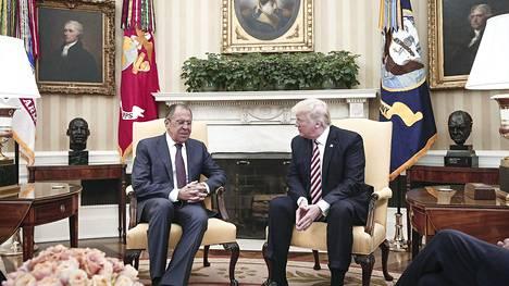 Venäjän ulkoministeri Sergei Lavrov ja Yhdysvaltain presidentti Donald Trump tapasivat Valkoisessa talossa Washingtonissa 10. toukokuuta.