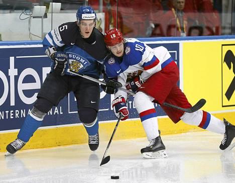 Vikrtor Tihonov taisteli Atte Ohtamaan kanssa.