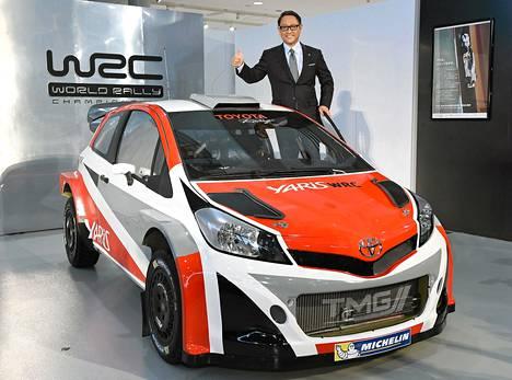 Akio Toyoda esitteli Toyota Yaris WRC:n.