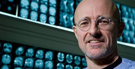 Italialainen neurokirurgi Sergio Canavero.