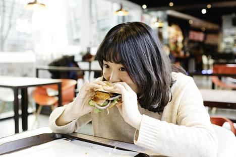 Pekingin ankka on Kiinan ylpeys. Nyt sitä tarjotaan myös pikaruokalassa.