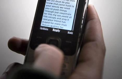 NSA on kerännyt tietoja ihmisten miljoonista tekstiviesteistä eri puolilta maailmaa.