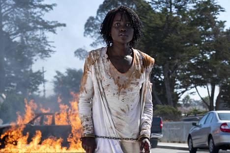 Lupita Nyong'o loistaa Usin pääroolissa.
